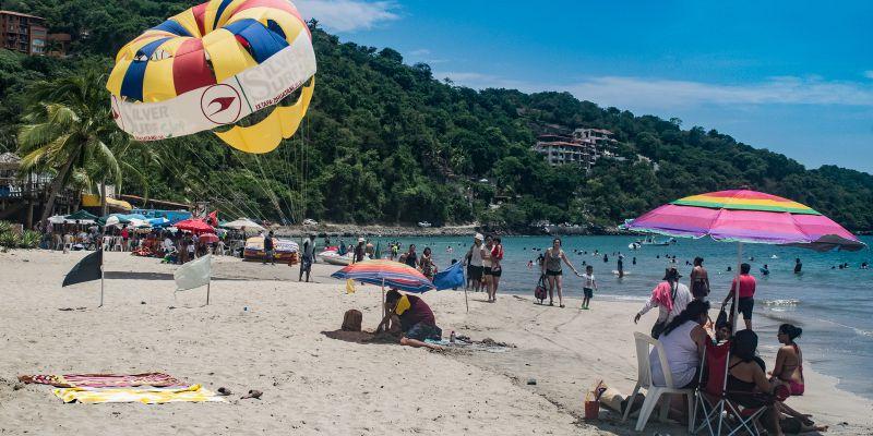 La Ropa Beach Activities Zihuatanejo